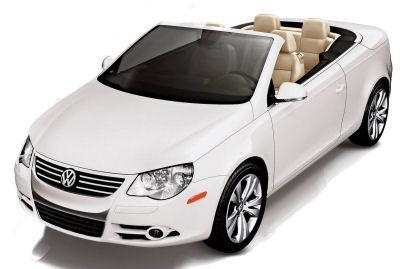 Présentation du coupé-cabriolet Volkswagen Eos restylé de 2010.