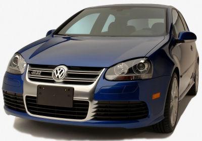 Présentation de la <b>Volkswagen R32</b> de 2008.
